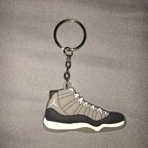 ⭕️ 3/$20! Jordan 11 space jams shoe keychain
